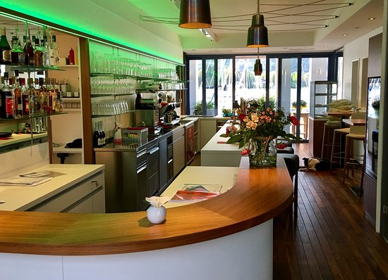 Marina Lounge Cafe: getlstd_property_photo