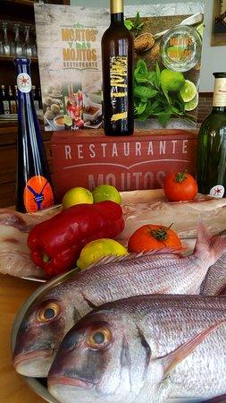Mojitos y mas mojitos, restaurant canario: Acompaña un buen pescado fresco con un buen vino malvasía  volcánico  en mojitos y mas mojitos