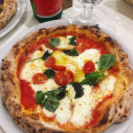 Trattoria Pizzeria La Lazzara照片