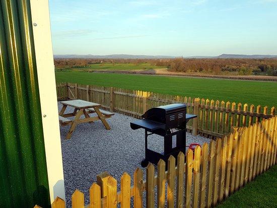 Welltrough Hall Farm Caravan: shepherds hut view