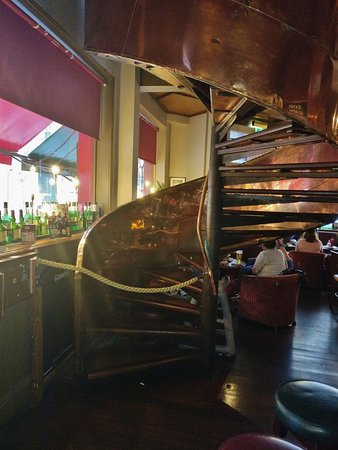 Tp Smiths: Паб T.P. SMITH'S pub