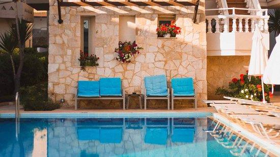 Elotis Suites Pool Area