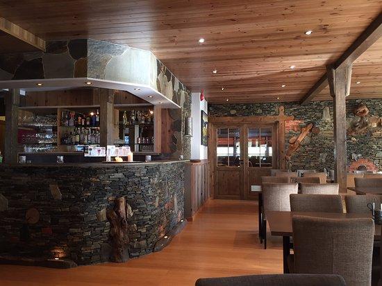 Flamsbrygga Hotell: Nice restaurant for breakfast