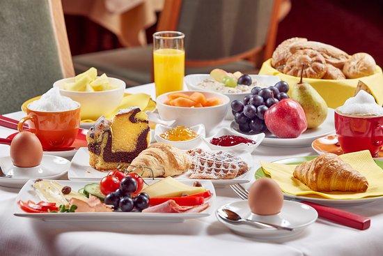 Sporthotel Unser Loisach: Frühstückstisch