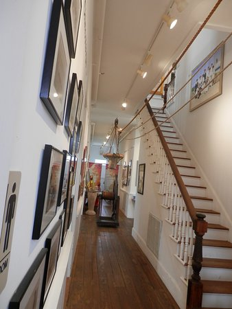 Machipongo, VA: Central hall and stairs to 2nd floor