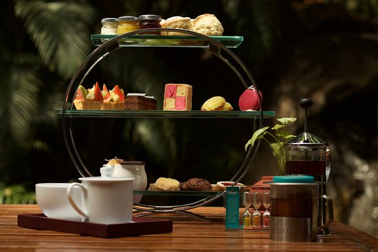 The Oberoi, Bengaluru: High tea at The Polo Club