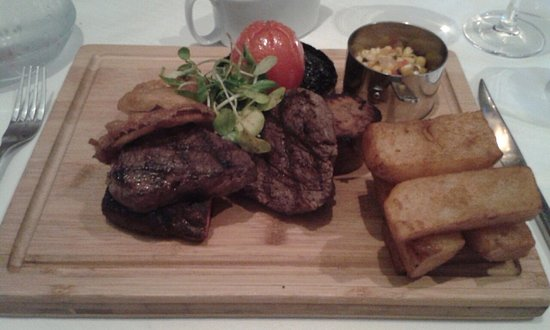 Matfen, UK: Steaks
