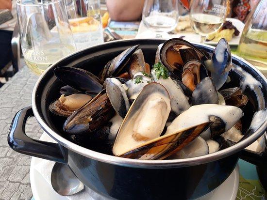 Le Bistrot de la Mer: Moules plat principal on peut choisir differentes façons