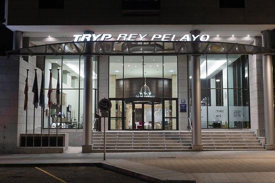 Tryp Gijon Rey Pelayo Hotel, hoteles en Gijón
