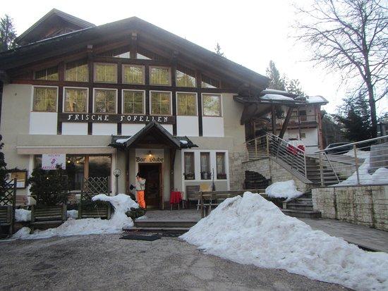 Hotel Ristorante Lago Smeraldo: L' entrata
