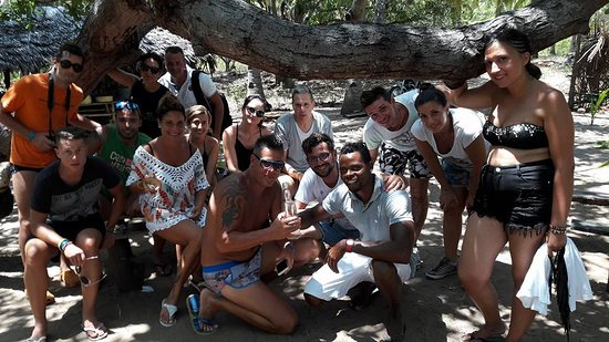 Safari in Kenya Con Samba: Spiaga Dorata Villagio Del Pescatori