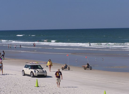 Daytona Beach Shores, FL: Beach driving is a popular and iconic activity beach goers have come to enjoy