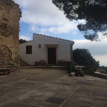 Castell d Alaro: photo0.jpg