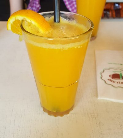 Cafe Gan Sipur: מיץ תפוזים