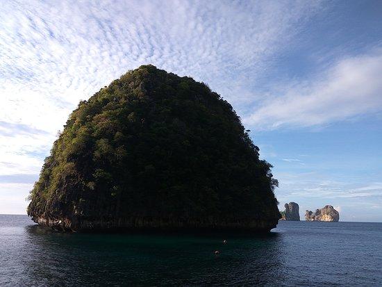 Ko Phi Phi Le: одинокий остров