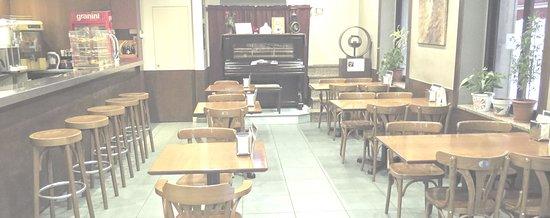 Anglès, España: Salón La Rutlla Café