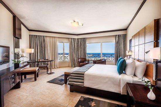 Cleopatra Luxury Resort Sharm El Sheikh: Executive Suite
