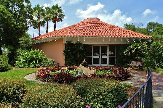 Ormond Memorial Art Museum & Gardens is set within a lush, tropical setting in Ormond Beach.