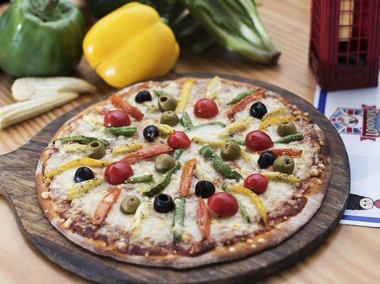 Londoners Bistro & Pub: Roasted Vegetable Pizza