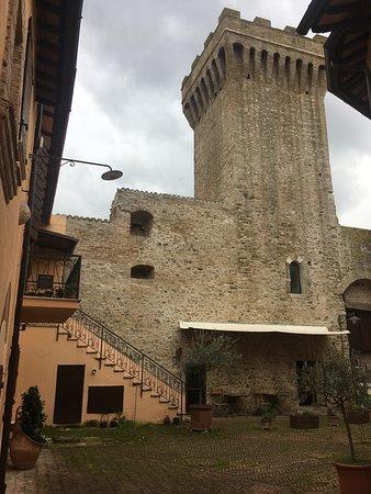 Castel Ritaldi, Italy: torre