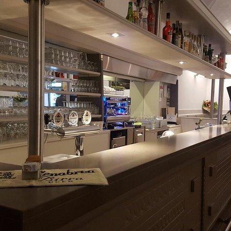 Mezzolombardo, อิตาลี: Cafè Liston