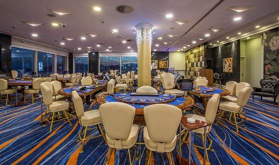 royal merit casino