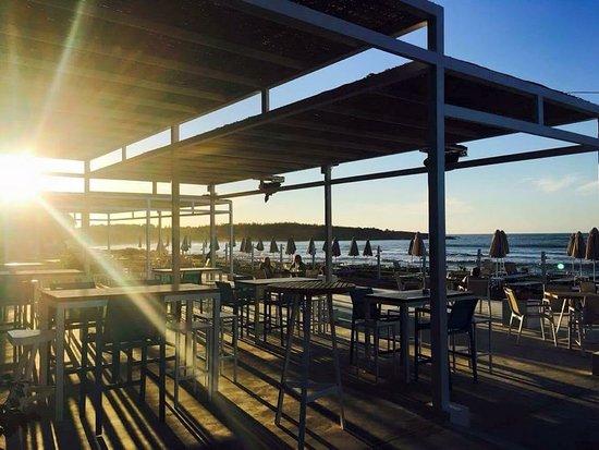 Aptera Beach Resort: light games