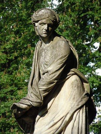 Statue l'Hiver