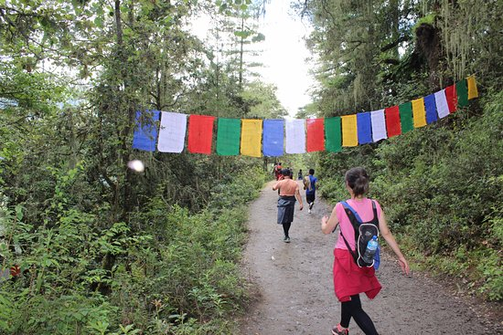 Adventure Mission Nepal: Hike to Monastery