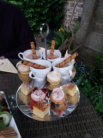Lastingham, UK: Some of our gorgeous cakes