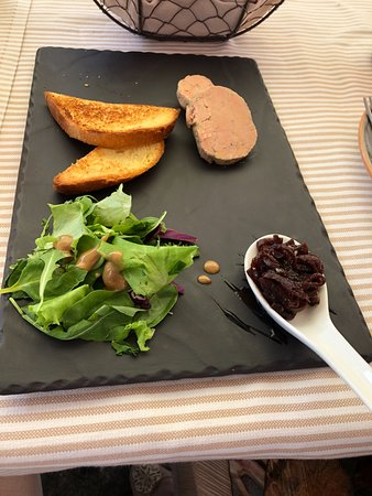 Sala Comacina, Italy: foie gras with marinated beets