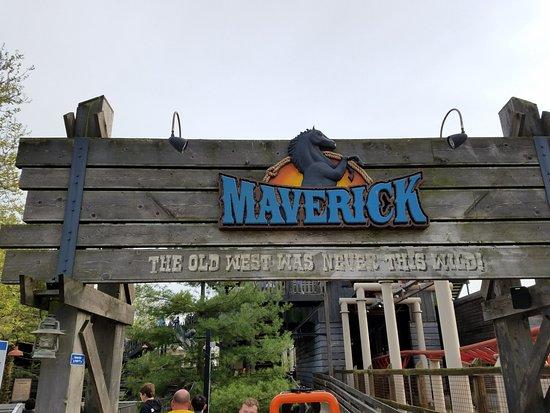 Πάρκο Αναψυχής Cedar Point: Maverick