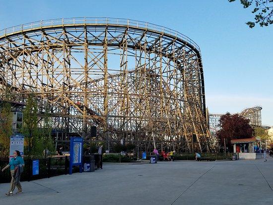 Πάρκο Αναψυχής Cedar Point: Gemini