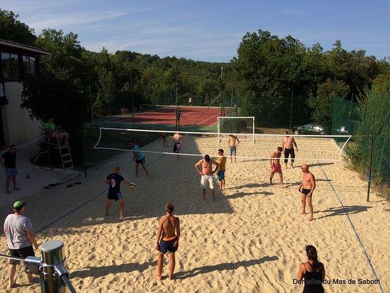 Domaine du Mas de Saboth: Tennis, Beach volley