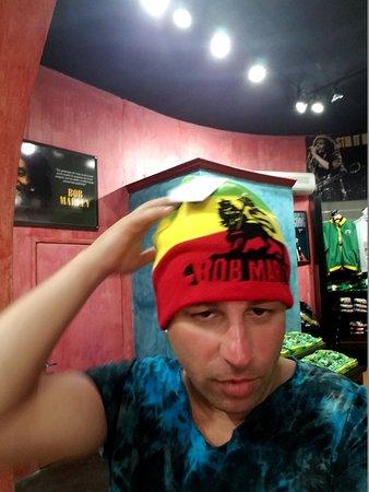Bob Marley Museum: Gift shop