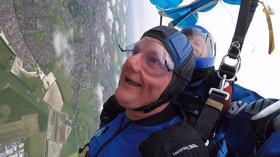 Tandem Skydive near Stonehenge from Salisbury: Enjoying the view!