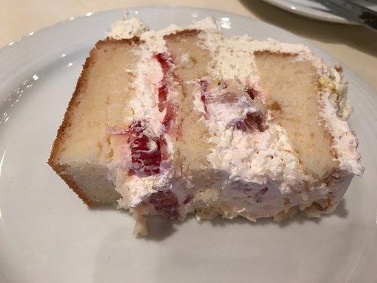 Harry's Savoy Grill: Harry's Cake