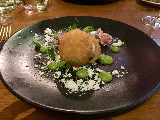 Loxley's Restaurant & Wine Bar: Crispy hens egg