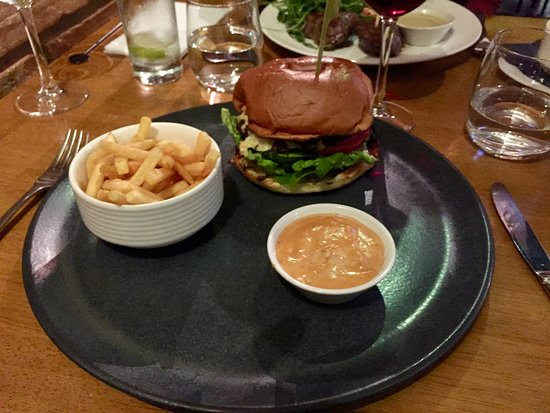 Loxley's Restaurant & Wine Bar: Burger and fries