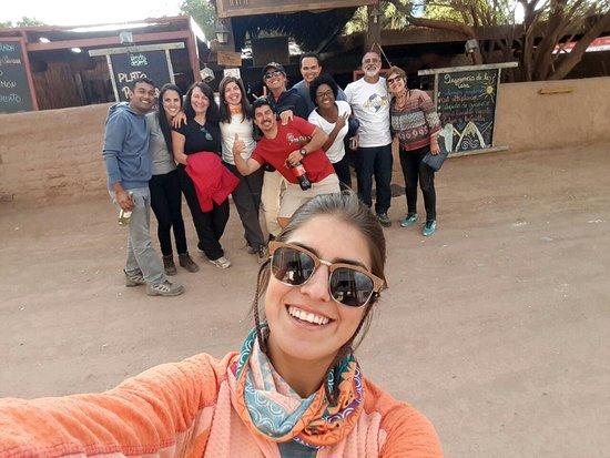Araya Atacama: Ccrupo da guia Vania