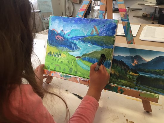 J. F. Mazur Studio: Trained instructors for all levels. Quality art materials for children's lessons.