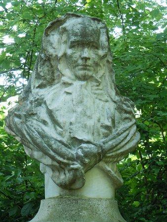 Buste de la Comtesse de Segur
