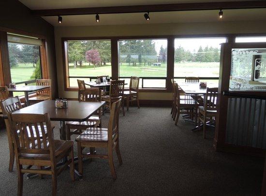 Everson, WA: dining area
