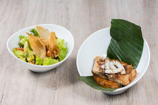 Mesa Caribe Restaurante: Filete de pescado marinado con sal marina y pimienta fresca recién molida, servido en salsa crio