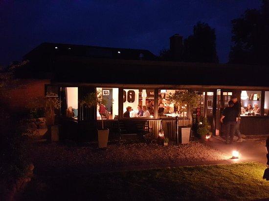 Seevetal, Almanya: 20180518_221732_large.jpg