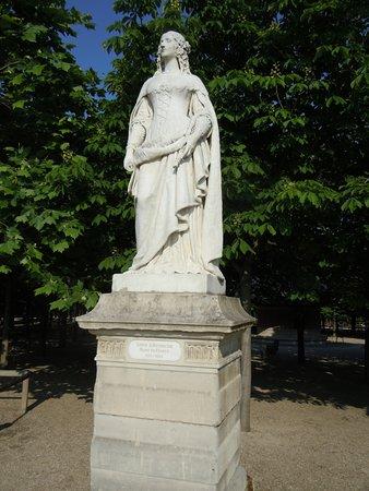La Statue d'Anne d'Autriche