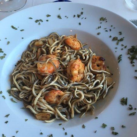 Tolox, Spanien: La Lola Restaurante