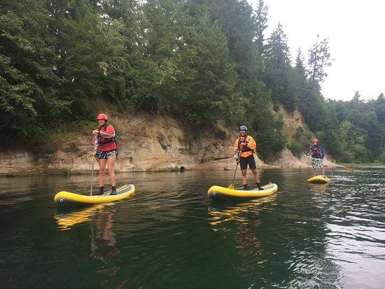 Sandy, Oregon: stout creek outfitters standup paddleboard rentals
