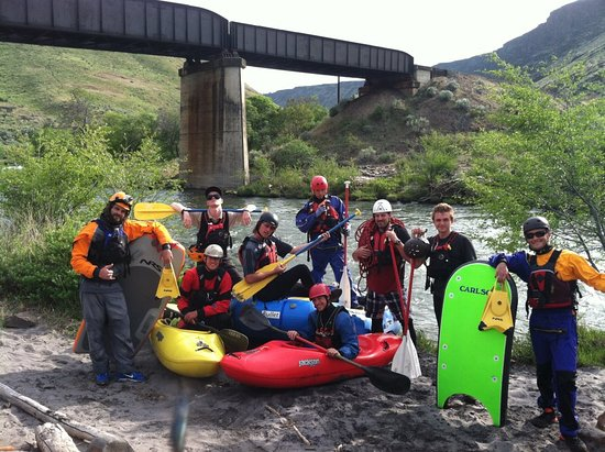 Sandy, OR: stout creek outfitters paddle crew