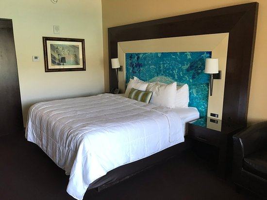 Mescalero, NM: King Bed